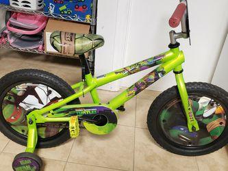 "16"" Teenage Mutant Ninja Turtles Bike + Leonardo Child Helmet for Sale in Raleigh,  NC"