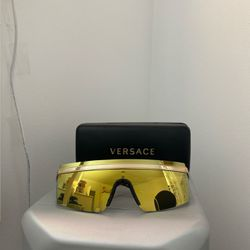 Versace Sunglasses for Sale in Lawrence,  MA