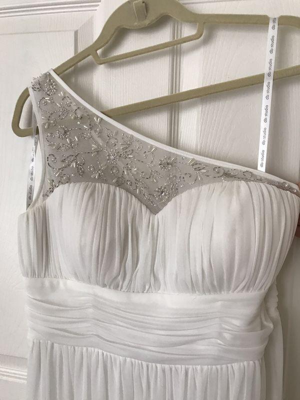 David's Bridal White Dress