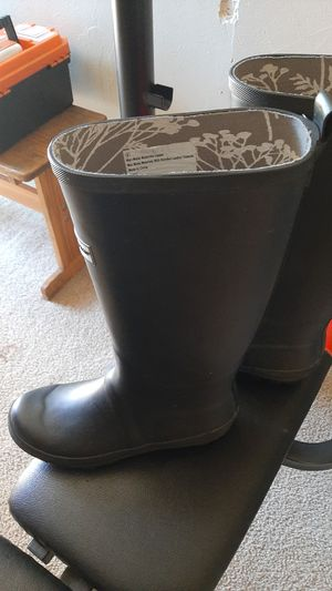 Smith and hawken rain or garaden boots like new for Sale in San Dimas, CA