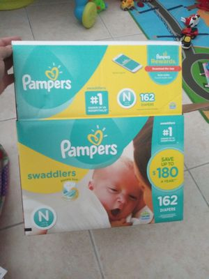 Pampers swaddlers newborn size for Sale in Miami, FL