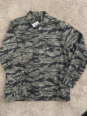 Express men camo shirt large for Sale in Ellenwood, GA