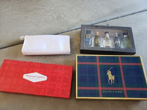 Perfume, cologne etc sample packs for Sale in Lake Elsinore, CA