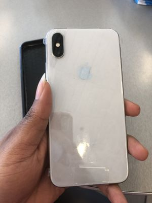 Unlocked silver IPhone X 256gbs for Sale in Takoma Park, MD