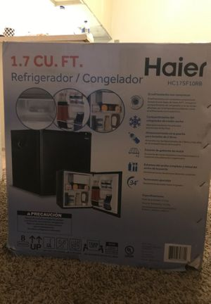 Refrigerator Haier HC17SF10RB for Sale in Wichita, KS