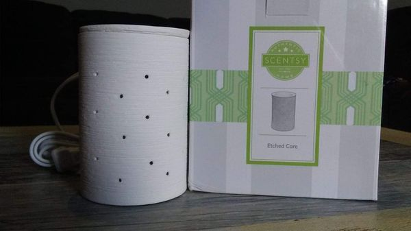 Etched Core Warmer Scentsy
