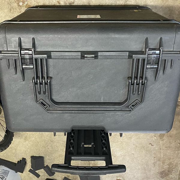 Pelican 1690 Waterproof Case