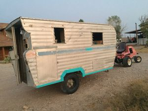 1940's era camper. Price reduced. for Sale in Las Vegas, NV