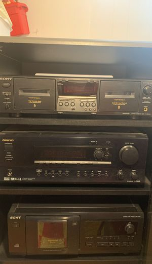 Black Sony stereo system for Sale in Chicago, IL
