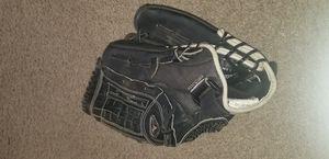 Mizuno softball glove ♥️ for Sale in Las Vegas, NV