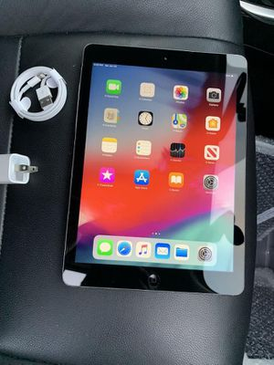 Apple iPad Air WiFi With Excellent Condition, Just Like New. for Sale in Fort Belvoir, VA