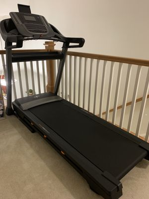 NordicTrack treadmill for Sale in Sterling, VA