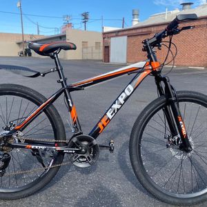 """27.5"""" Mountain Bike Bicycle With Dual Disc Brakes 21 Speed Brand NEW for Sale in Los Angeles, CA"""