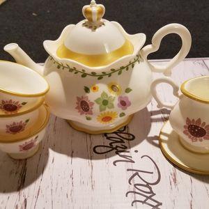 Disney Tea Set for Sale in Elk Grove, CA