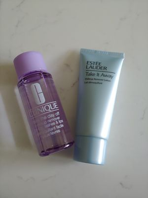 Estee Lauder and Clinique Make Up Remivers for Sale in Lexington, KY