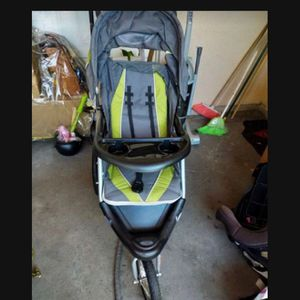 Stroller And Carseat for Sale in Glendora, CA