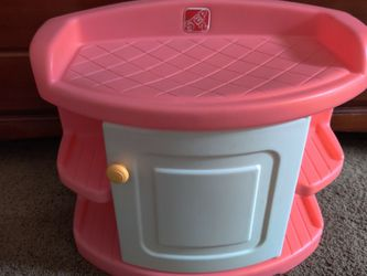 Step 2 Baby Doll Changing Table for Sale in Bothell,  WA