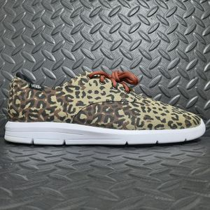 Vans Prelow Leopard Camo VN-0SEP9Y6 used size 12 for Sale in Suffolk, VA