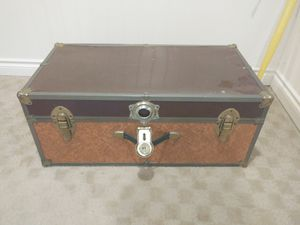 Storage trunk for Sale in Lake Forest Park, WA