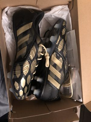 Men's soccer cleats for Sale in Oregon City, OR