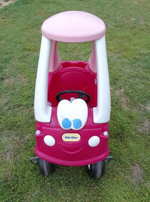Little tikes cozy coupe for Sale in Phoenix, AZ