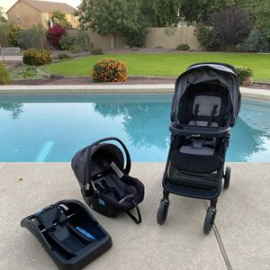 Safety 1st car seat and stroller travel system in great condition. Good until 2025. No accidents. for Sale in Waddell, AZ