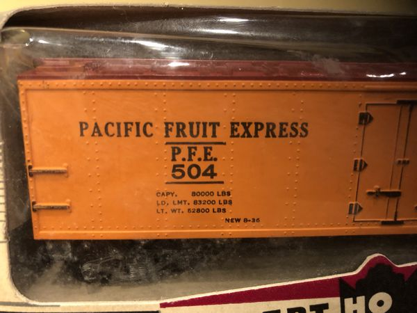 1950s Gilbert Pacific Fruit Express Reefer