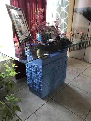 Console/ Accent table ( pair) for Sale in Kissimmee, FL