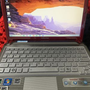 toshiba laptop for Sale in Paterson, NJ
