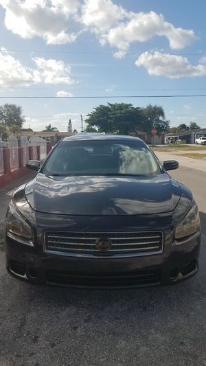 2011 nissan maxima with brand new 22 for Sale in Miami Gardens, FL