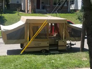 Pop up camper. Vintage for Sale in Indianapolis, IN