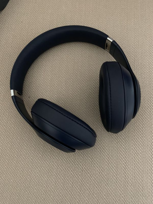 Beats studio 3 wireless noise cancelling headphones -Titanium blue