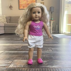 """American Girl Doll Blonde With Full Outfit """"Truly me"""" And Blue Eyes . Working Eye Mechanism, Opens And Closes Eye Lids (All Damages Circled In Red)  for Sale in Las Vegas, NV"""