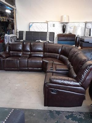Sofa reclinable disponible for Sale in Bellflower, CA