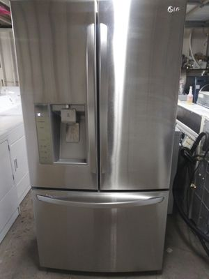 KITCHEN APPLIANCE for Sale in Mableton, GA