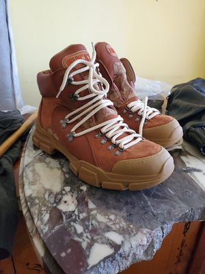 Gucci flashtrack high top boots sz 11 for Sale in Los Angeles, CA