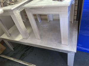 WHITE/BEIGE COFFEE TABLE SET FOR $199 for Sale in Las Vegas, NV