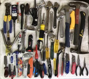Handyman! Homeowner! Flooring Installer Tools! for Sale in Minnetrista, MN