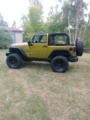 LIFTED JEEP only has 60,000 miles for Sale in Six Lakes, MI