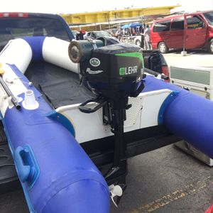 LEHR 2.5 Hp / 10 Foot Inflatable boat for Sale in Pompano Beach, FL