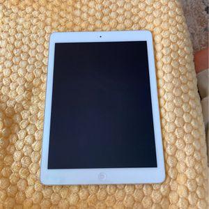 iPad Air for Sale in Long Beach, CA