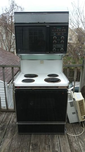 Stove microwave for Sale in Cleveland, OH