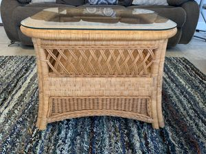Wicker coffee table with storage for Sale in South El Monte, CA