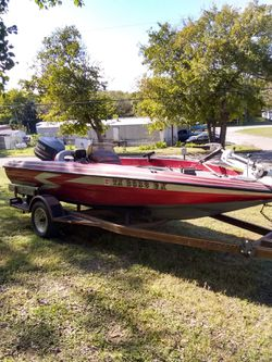 1994 stealth bass boat tags and lake Ready for Sale in Valley Mills,  TX