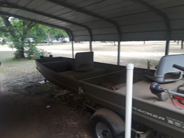 15 ft aluminum bass boat with 25 hp motor electric start with trolling motor and trailer