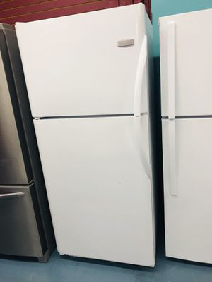Apartment Size Fridge A Credito for Sale in National City, CA