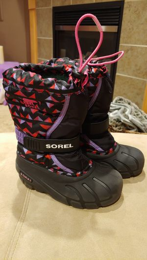 Sorel kids insulated waterproof snow boots 12.5 for Sale in Maple Valley, WA