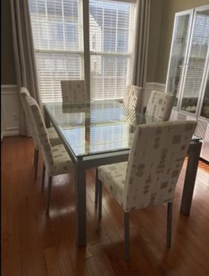 Dining table (glass table and 6 chairs) for Sale in Chantilly, VA