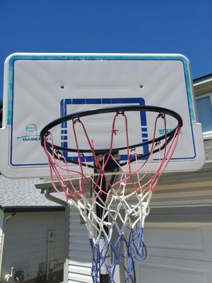 Basketball Hoop for Sale in Highlands Ranch, CO