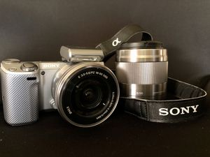 Sony Alpha NEX-5T with 16-50 kit & 50mm 1.8 Lenses for Sale in Beaumont, CA